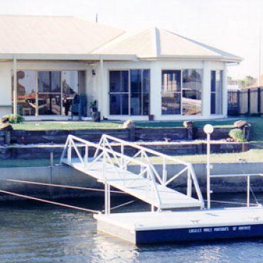 Cable Pontoons Gold Coast - Bribie Pontoons